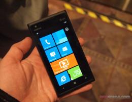 Nokia Lumia 900 3